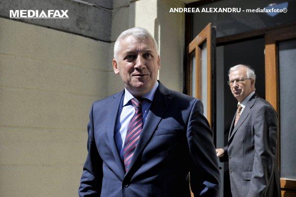 Imaginea articolului Ţuţuianu, şef al comisiei SRI, validat pentru funcţia de ministru al Apărării: Achiziţia de tehnică militară e prioritară