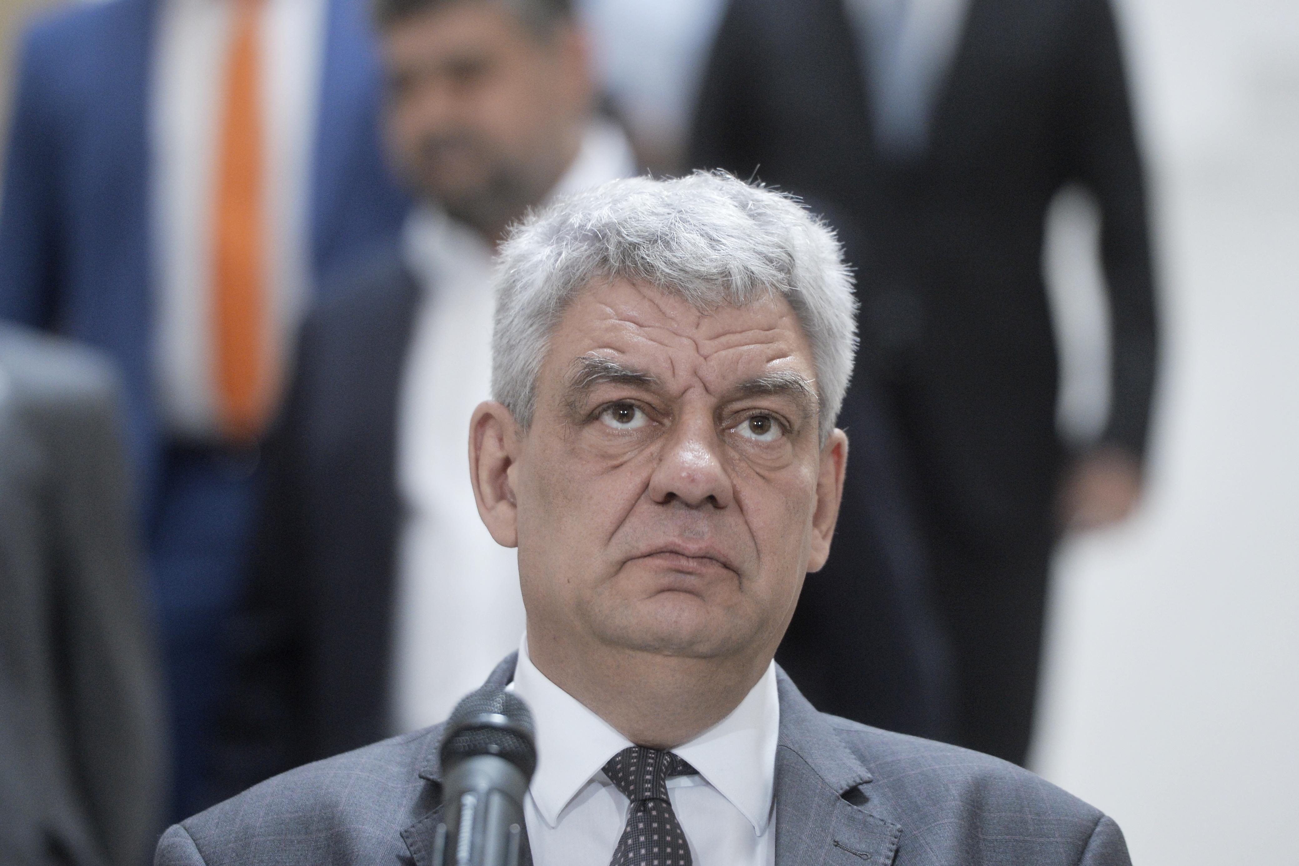 Premierul Mihai Tudose: Îmi doresc să avem o aeronavă oficială, pe care să scrie România
