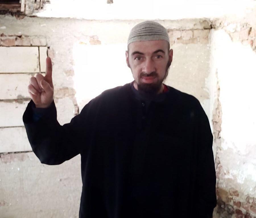 CAZUL bărbatului din Argeş, convertit la Islam şi suspectat de terorism: Românul şi-a ameninţat mama cu moartea şi a strigat `Allah Akbar`/ Bazele militare din Mihail Kogălniceanu şi de la Deveselu, vizate de teroristul român