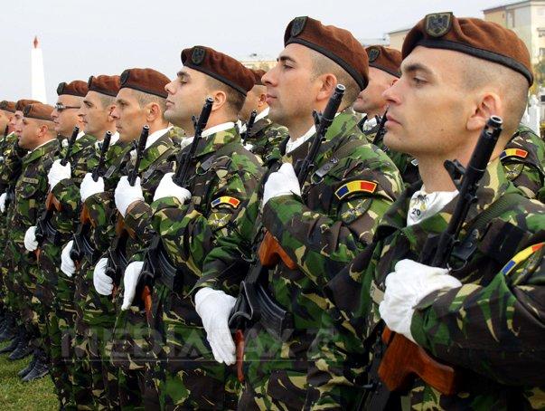 Ministerul Apărării începe luni procesul de recrutare a rezerviştilor voluntari. Ce CONDIŢII trebuie să îndeplinească cei interesaţi