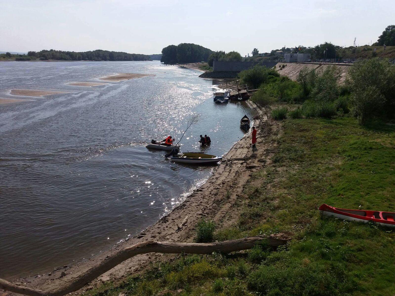 Trecerea Dunării cu bacul a fost SISTATĂ temporar pe timp de noapte, între porturile Bechet – Oreahovo