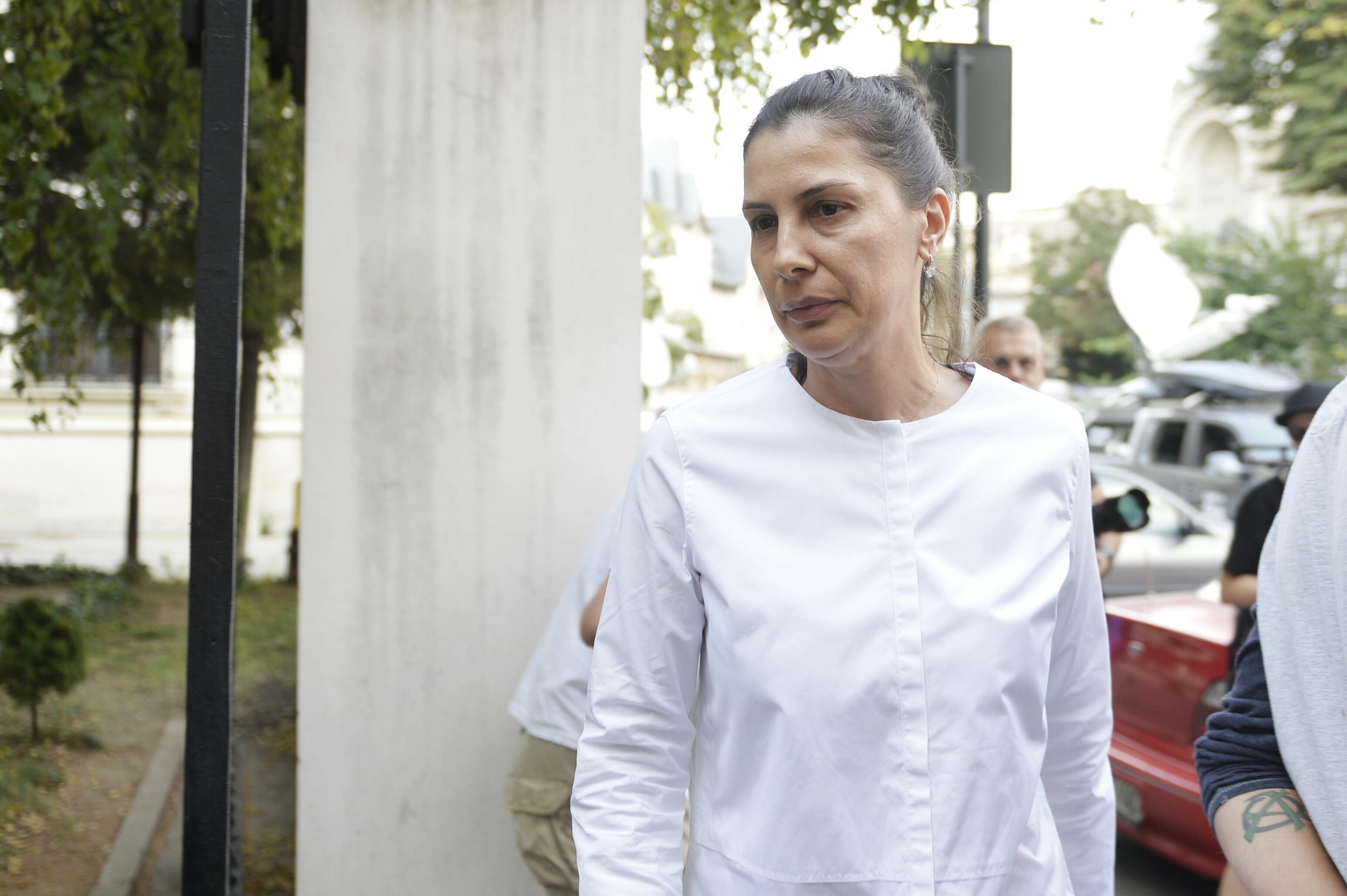 Fosta soţie a lui Liviu Dragnea, audiată la DNA. Bombonica Prodana, martor în dosarul deschis în urma dezvăluirilor legate de  presupuse afaceri ale liderului PSD