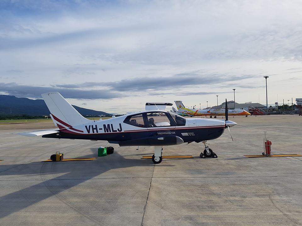 GALERIE FOTO Zbor în premieră din Australia în România cu un avion monomotor. Au fost parcurşi 18 mii de kilometri în 14 zile: `Nu sunt mulţi care fac aşa ceva`
