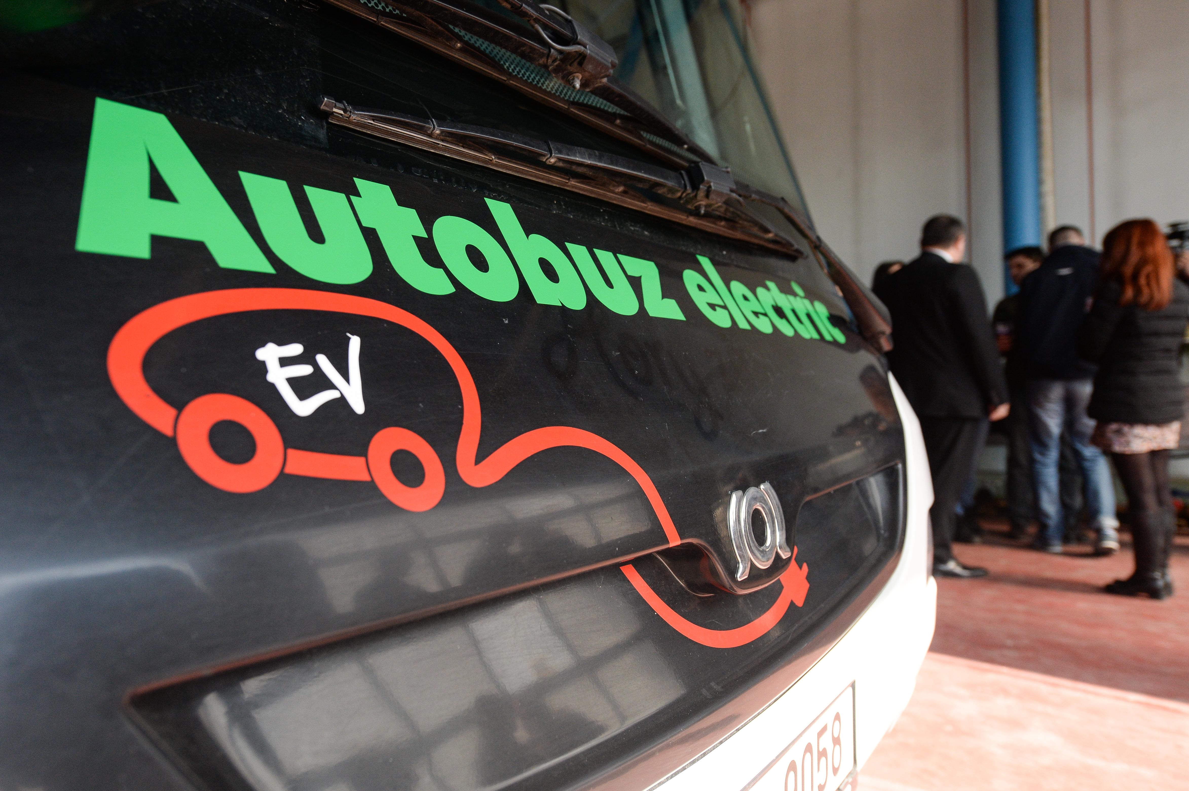 Cluj-Napoca o ia înaintea Bucureştiului: Primele autobuze electrice pentru transportul public vor circula de anul viitor pe străzile oraşului