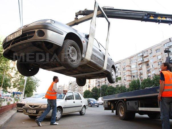 Primăria Sectorului 1 anunţă că maşinile abandonate pe străzi sunt ridicate. La ce sume ajung amenzile pentru şoferi