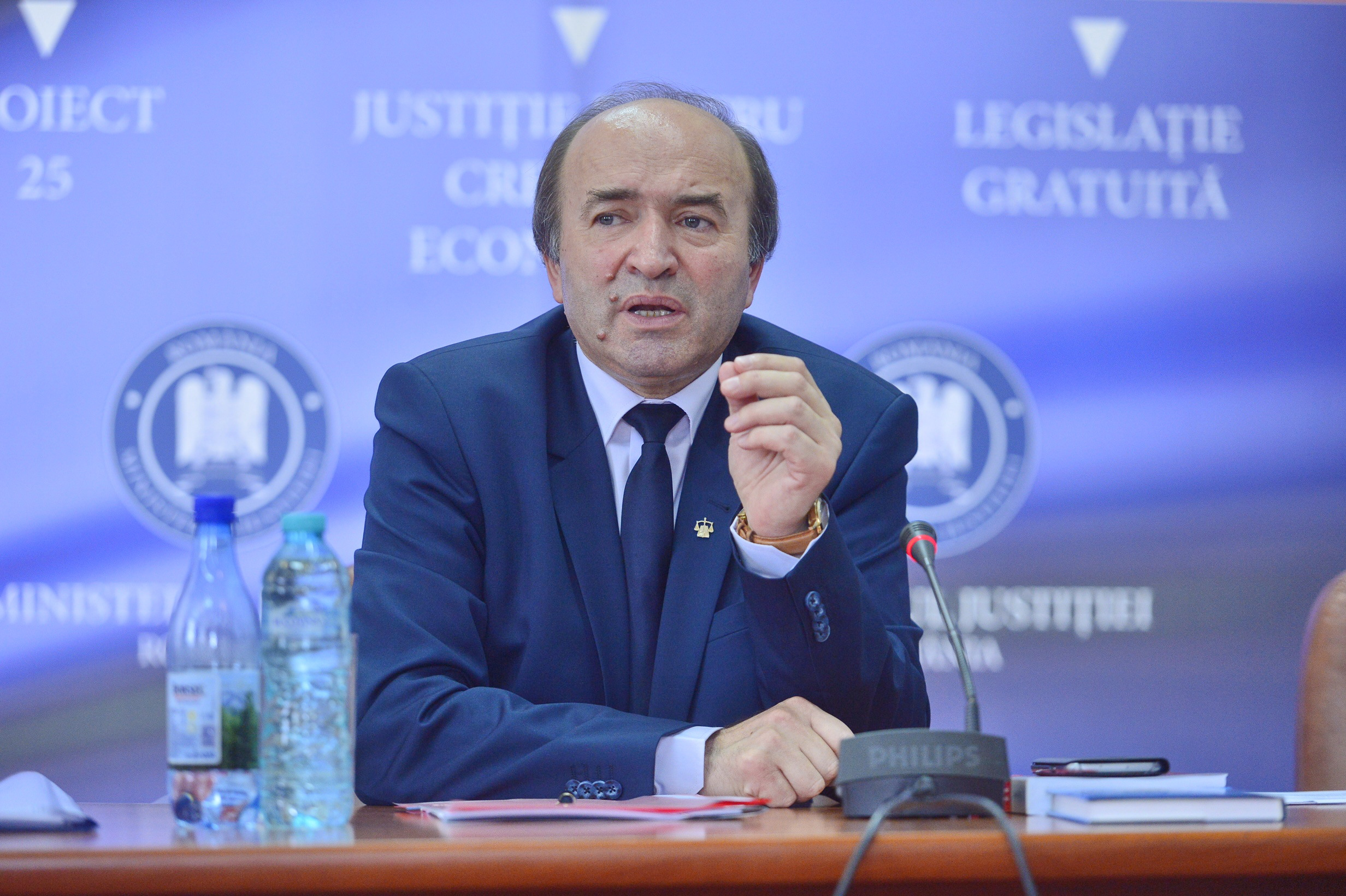 Tudorel Toader: Numele membrilor comisiei de inventariere a arhivei SIPA nu sunt de interes public