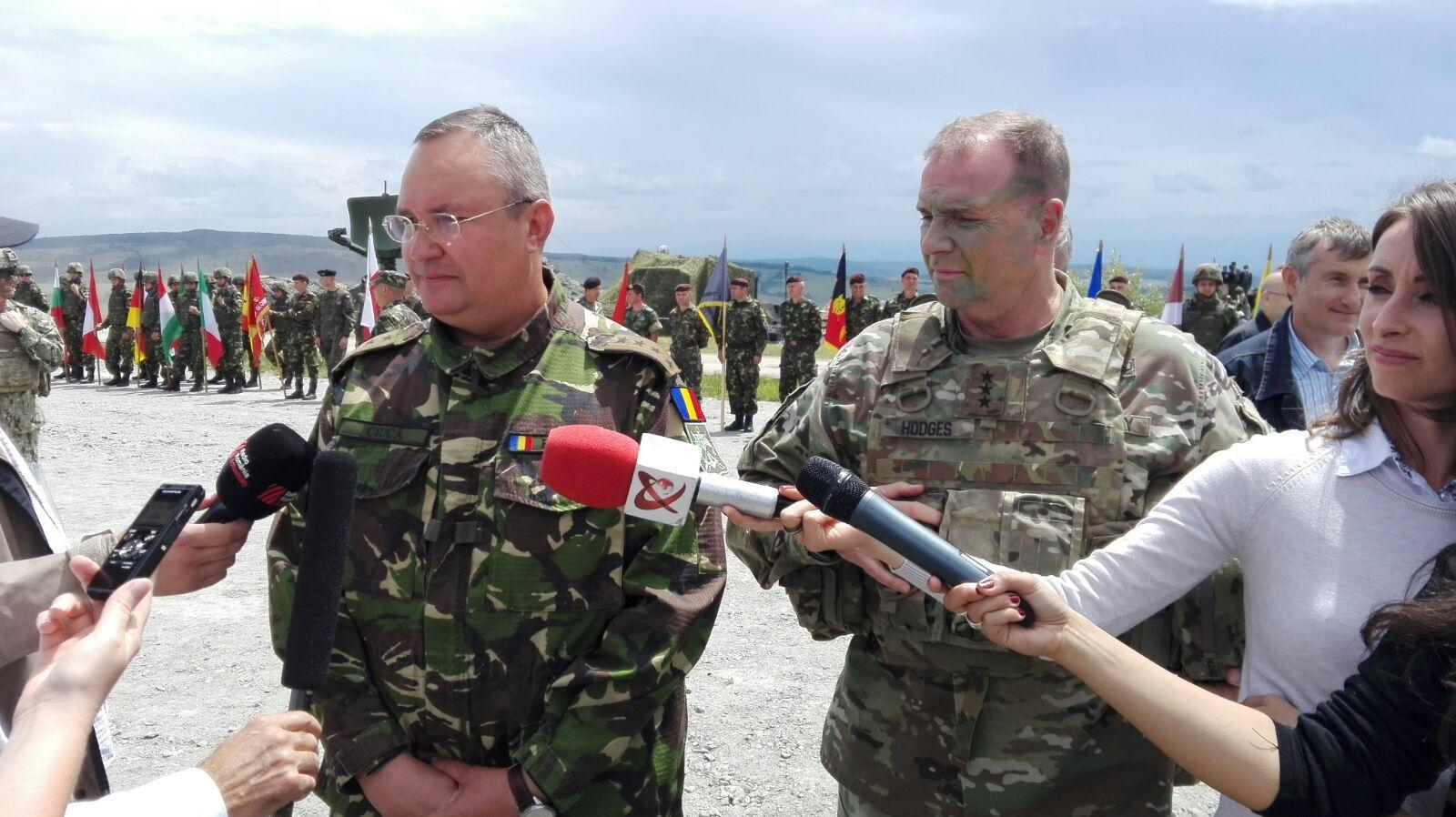 Comandantul Forţelor Terestre Americane din Europa, la Cincu: Am demonstrat că suntem împreună şi pregătiţi. NATO lasă uşa deschisă pentru Rusia, dar trebuie să arate că Alianţa e puternică şi pregătită pentru orice
