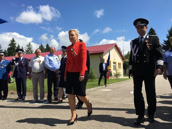 Imaginea articolului Carmen Dan, ministrul de Interne: Proiectul privind Statutul poliţistului va fi gata până în luna octombrie