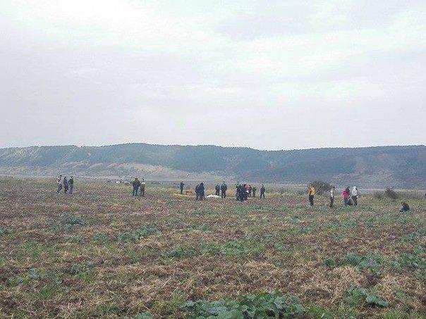Imaginea articolului Un militar a murit după ce s-a prăbuşit cu paraşuta în apropierea Aerodromului Zărneşti, în timpul unui exerciţiu. Ancheta în acest caz a fost preluată de Parchetul Militar
