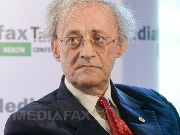 Fostul rector al UMF Iaşi, Vasile Astărăstoae, condamnat 2 ani cu suspendare în dosarul E-Learning. Decizia nu este definitivă