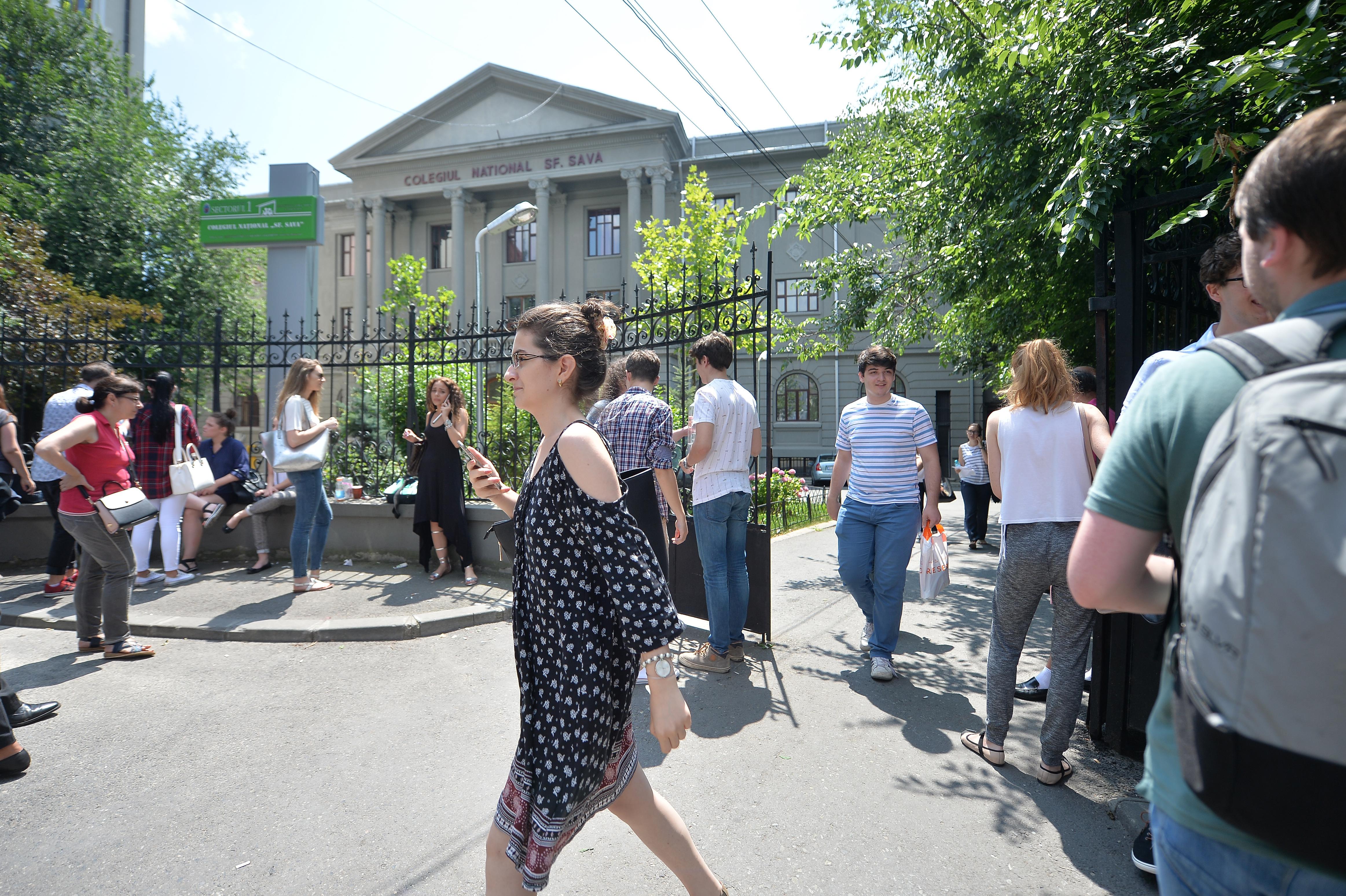 Ministrul Educaţiei: Agenţii economici să vină în sprijin pentru cazarea elevilor din învăţământul profesional