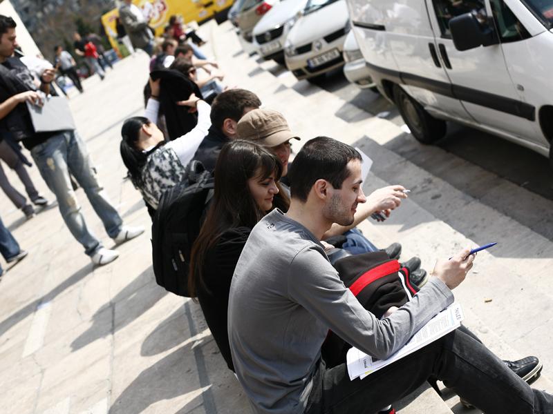 Rata şomajului în iunie, în uşoară scădere faţă de luna mai. În cazul bărbaţilor, cifra e cu 1,5% mai mare decât la femei