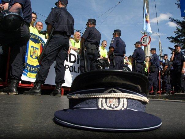 Reacţia sindicatului poliţiştilor faţă de proiectul de ordonanţă privind pensiile speciale: Cel care iese la pensie în septembrie va încasa mai puţin. Vor exista inechităţi