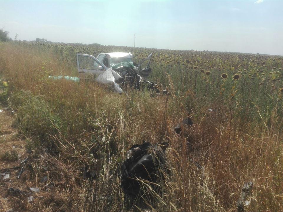 FOTO | Accident grav la Timişoara: Două persoane au murit şi alte patru au fost rănite, în urma impactului între trei maşini