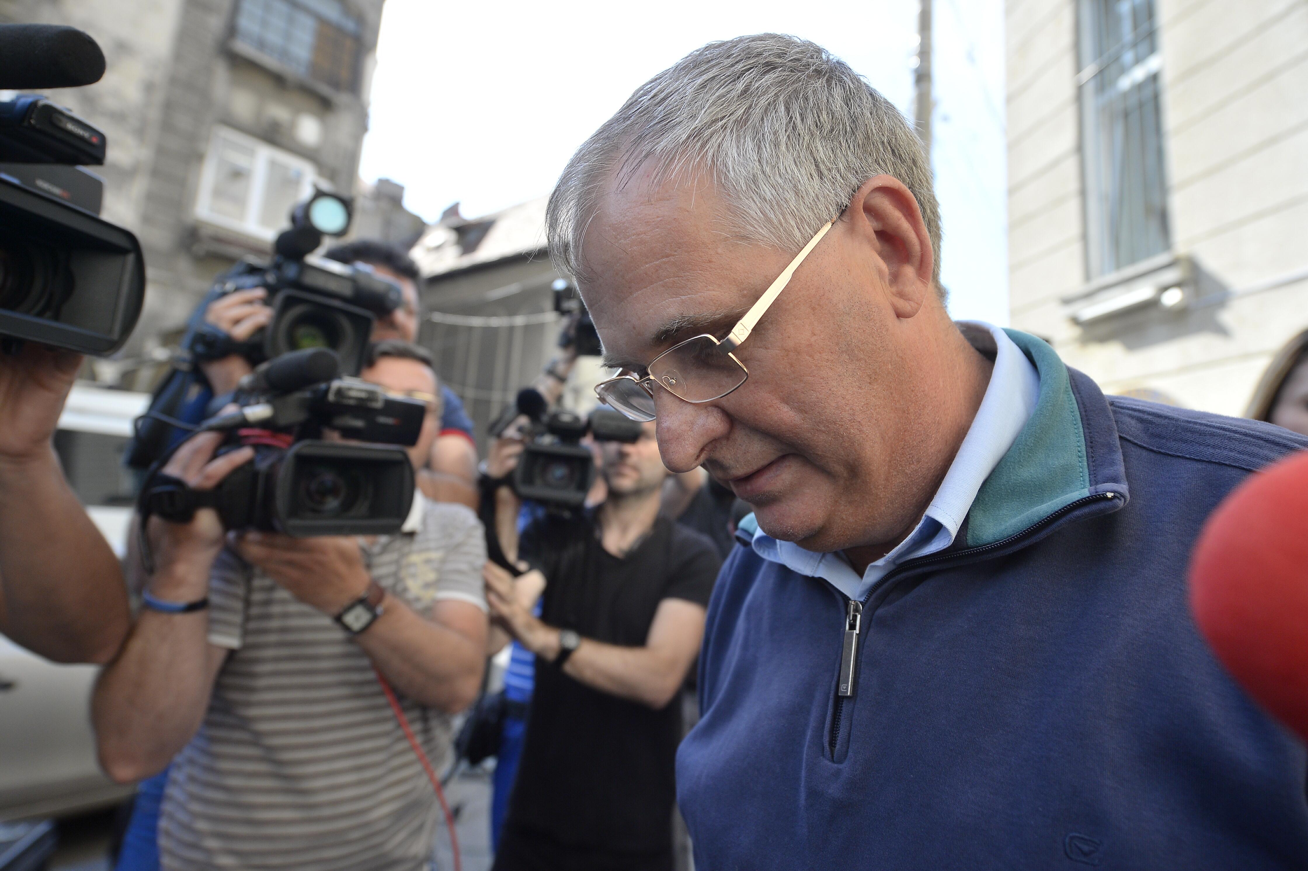 Fostul ministrul al Comunicaţiilor, Valerian Vreme, audiat la DNA după ce preşedintele a avizat urmărirea penală