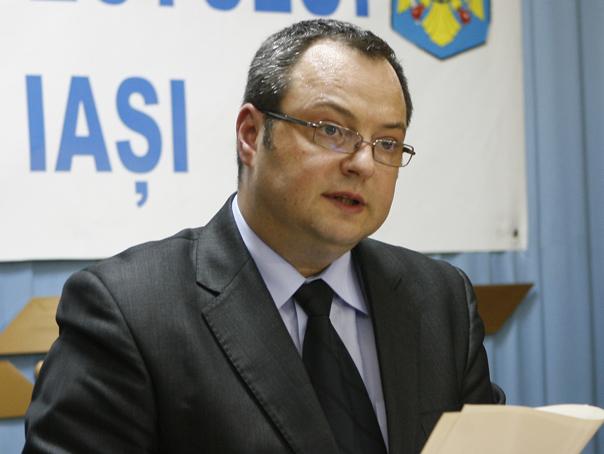 Fostul prefect al Iaşiului,  Dragomir Tomaşeschi, trimis în judecată pentru mărturie mincinoasă