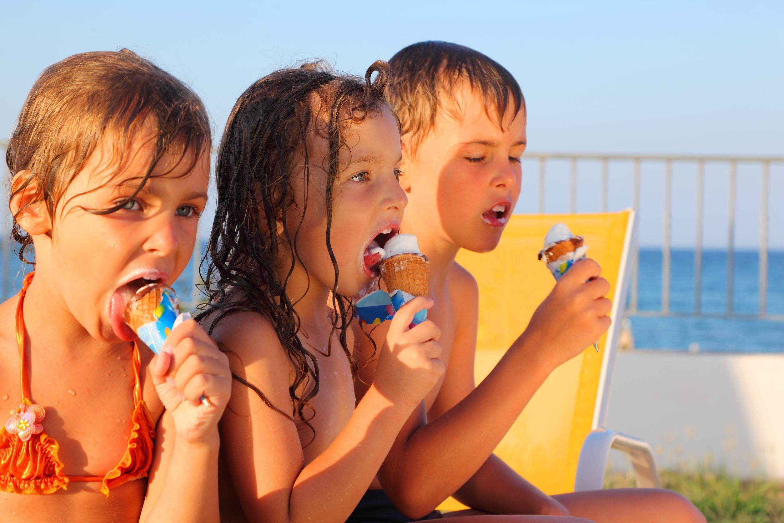 25.000 de tone de îngheţată sunt consumate în timpul lunilor caniculare. România este al zecelea producător de îngheţată din Uniunea Europeană