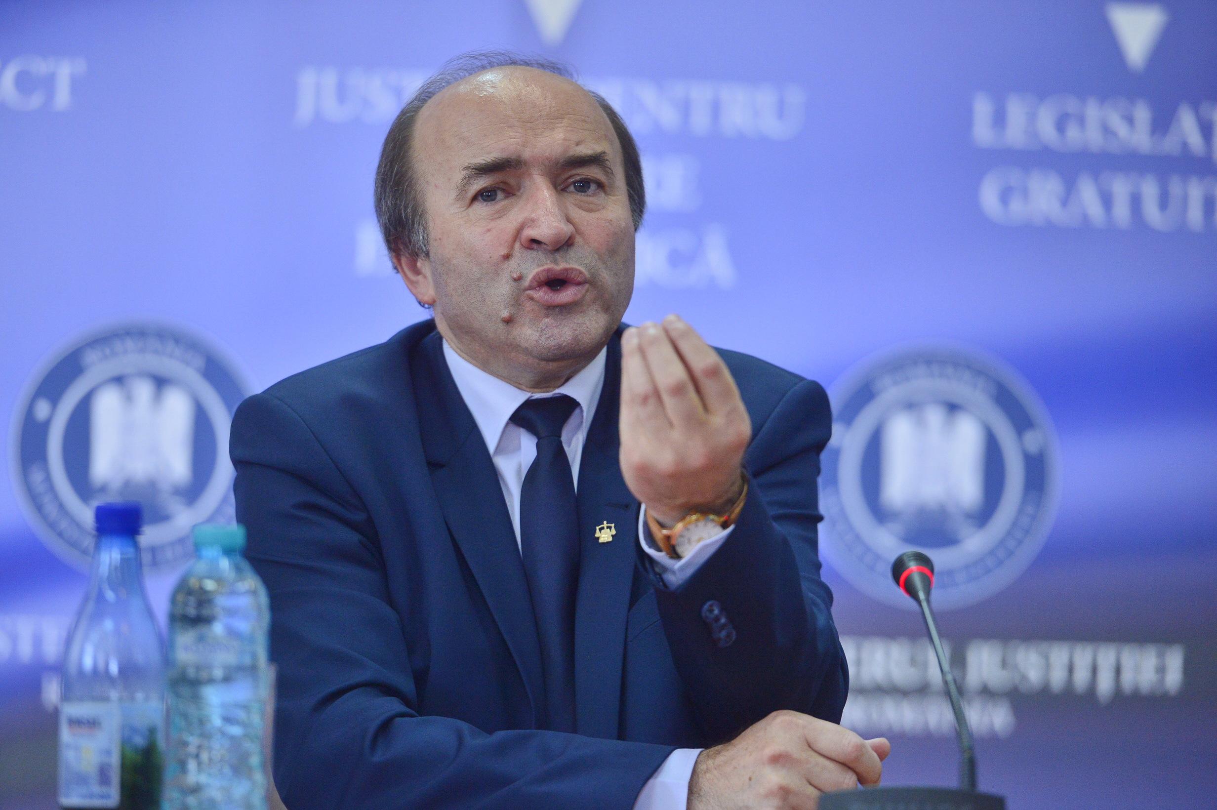 Tudorel Toader, ministrul Justiţiei: Loialitatea constituţională exclude orice acţiune care ar afecta o comisie parlamentară