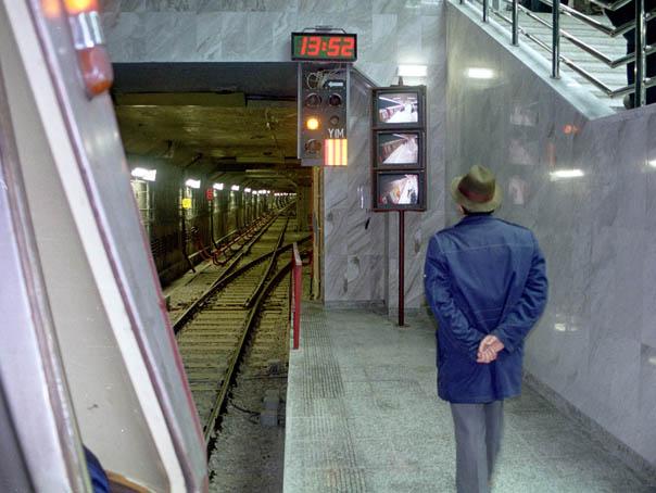 Intrări la staţii de metrou din centrul Capitalei, ÎNCHISE pentru o săptămână