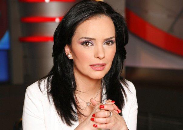 Imaginea articolului Cazul prezentatoarei Magda Vasiliu produce EFECTE în sistemul sanitar. CNAS: Se doreşte eliminarea avizului DSP pentru parinţii care merg cu copilul bolnav în străinătate