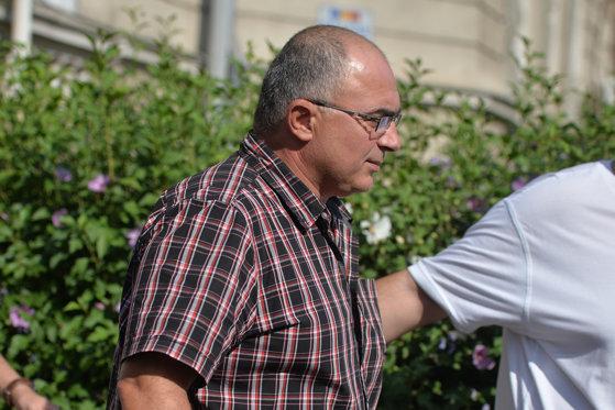 Imaginea articolului Dosarul fermei de porci   De ce nu s-a cerut arestarea lui Ilie Dragne. 60 de audiaţi, toţi liberi