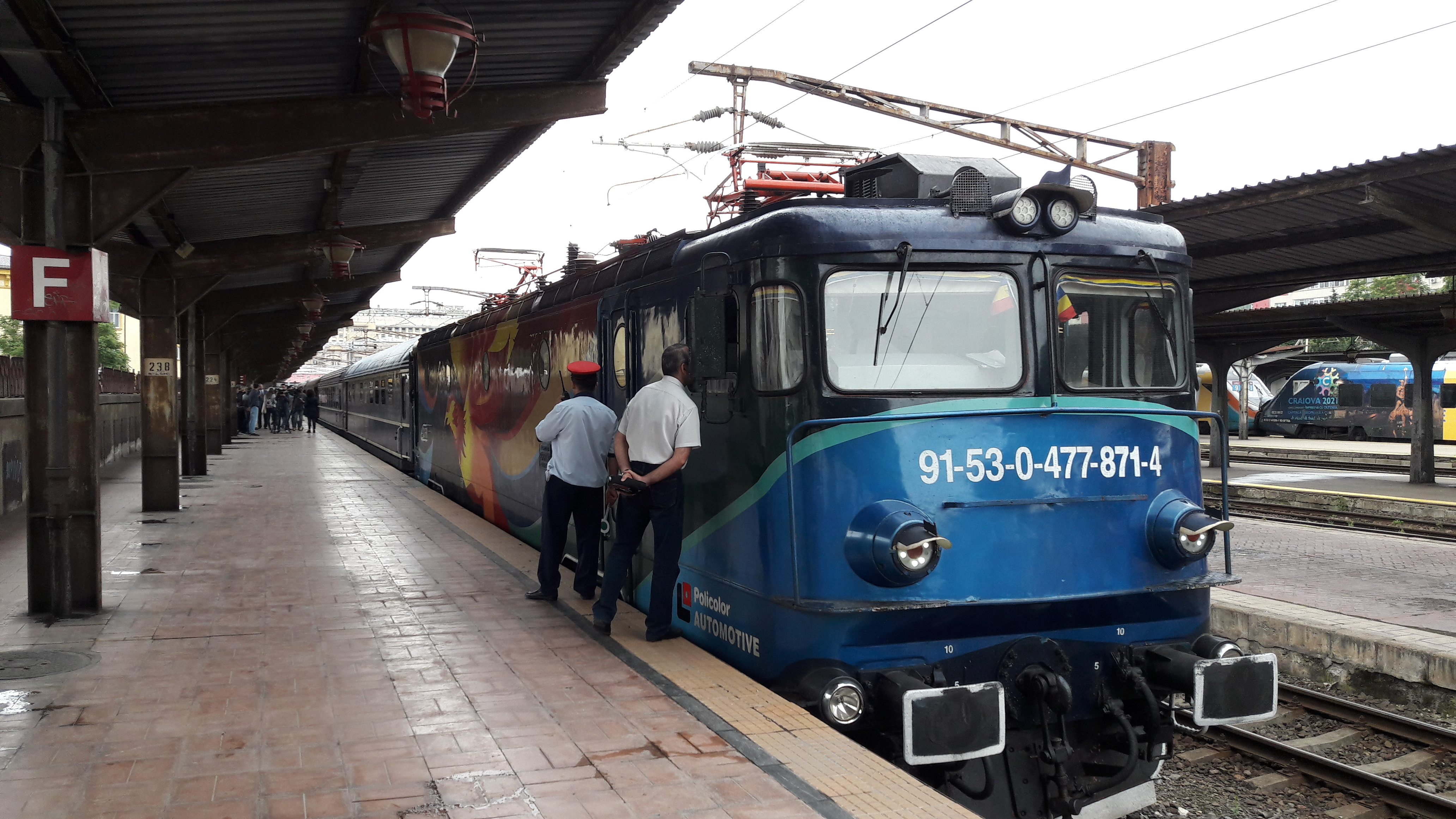Modificări de traseu pentru trenurile care trec prin Ploieşti. CFR va reabilita podul de la Ploieşti Sud – Brazi şi anunţă devieri care vor afecta mersul trenurilor