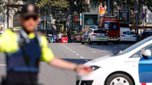 Imaginea articolului UPDATE: Bilanţul românilor răniţi în atentatul din Barcelona a crescut la patru/ Consul: Doar unul se află momentan spitalizat