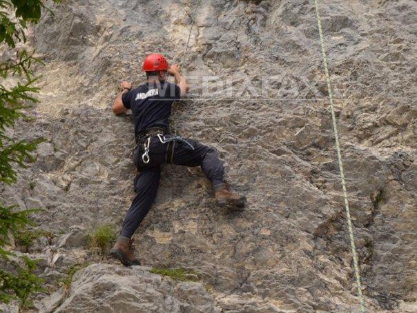 Turişti rătăciţi în Munţii Apuseni: Salvamontiştii intervin pentru recuperarea celor doi
