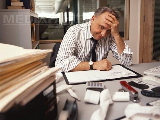 Imaginea articolului Suprasolicitarea, fenomenul care îţi distruge viaţa: Munca peste program provoacă pierderi de 715 miliarde de euro pe an pentru economia mondială