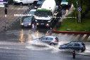 Imaginea articolului COD GALBEN de ploi în mai multe judeţe ale ţării, valabil de luni până marţi: Meteorologii anunţă răcirea vremii. Care sunt zonele vizate/ Temperaturile scad cu 10 grade în următoarele zile
