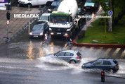 COD GALBEN de ploi şi vânt: Meteorologii anunţă răcirea vremii. Care sunt zonele vizate/ Temperaturile scad cu 10 grade în următoarele două zile