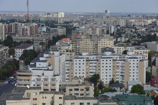 Cum îşi doresc locuitorii să arate oraşul în care trăiesc. Oraşul din România unde cetăţenii decid pe ce se cheltuiesc banii. O zi de muncă pe an pentru comunitate, una dintre propuneri