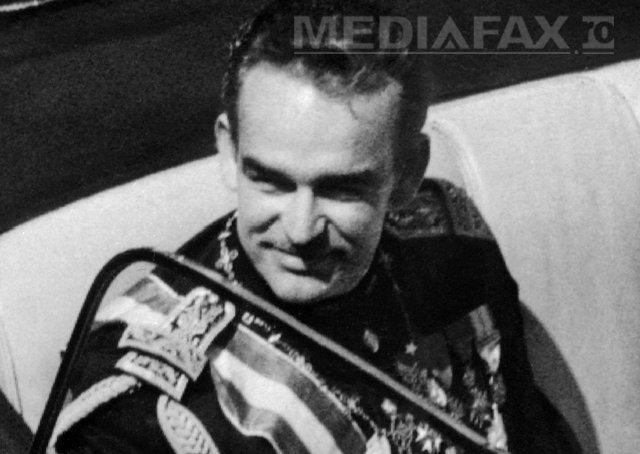 PMB anunţă că au început lucrările de amplasare a statuii Prinţului Rainier de Monaco