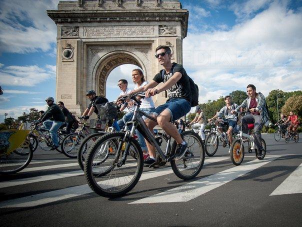 FOTO   Primăria Capitalei a afişat lista celor 5.000 de beneficiari ai programului `Biciclişti în Bucureşti`. VEZI dacă te afli pe listă. Tabelul COMPLET, pe Mediafax.ro