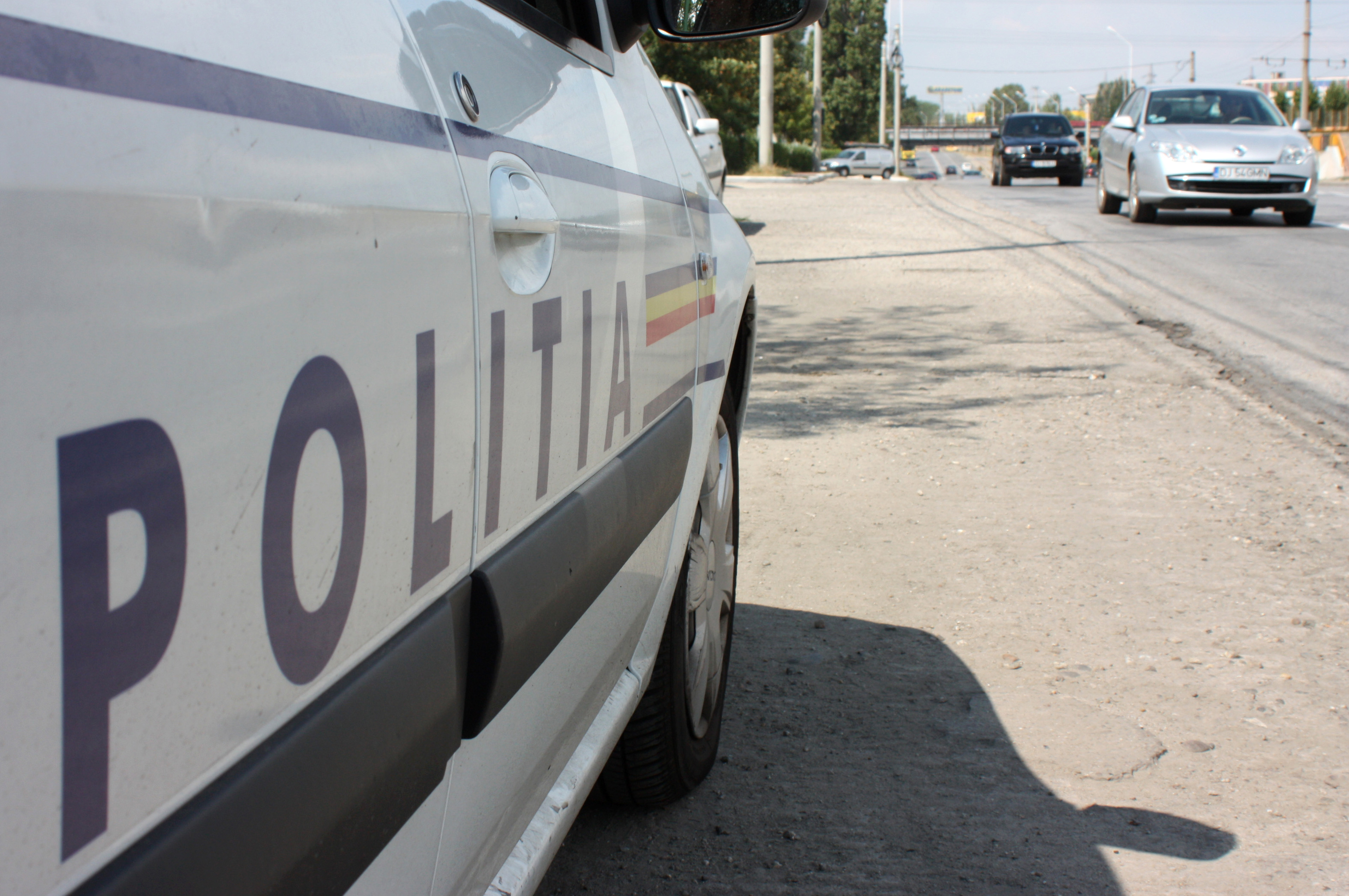 Un mort şi patru răniţi, în urma impactului frontal dintre două maşini pe DN 1C, în judeţul Cluj.