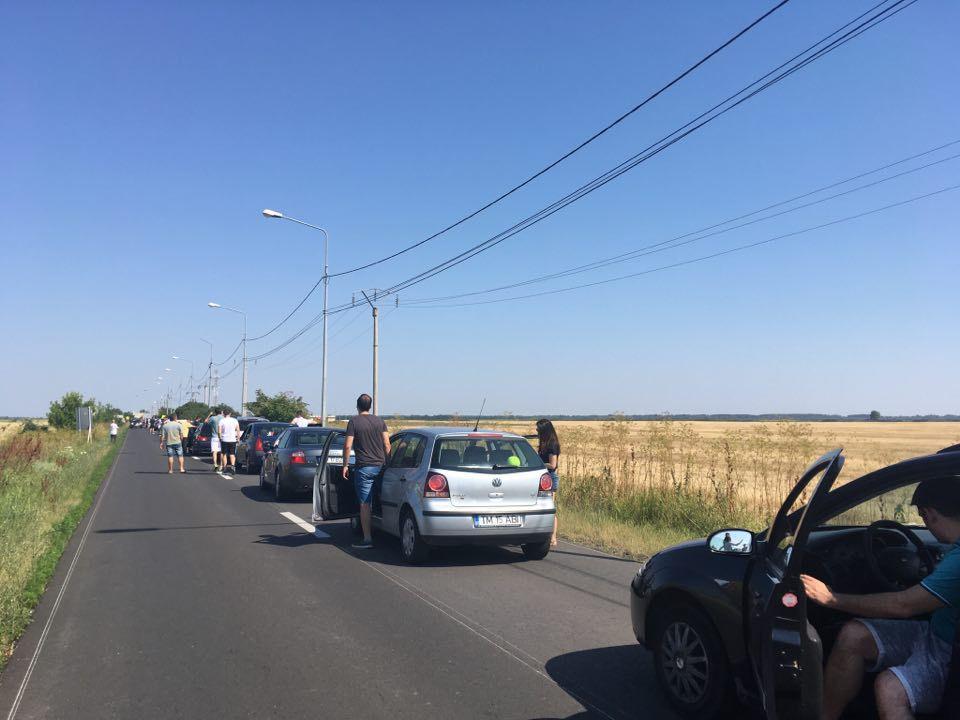 Coloane de maşini pe DN7. Viteza de deplasare este de 10 kilometri /oră
