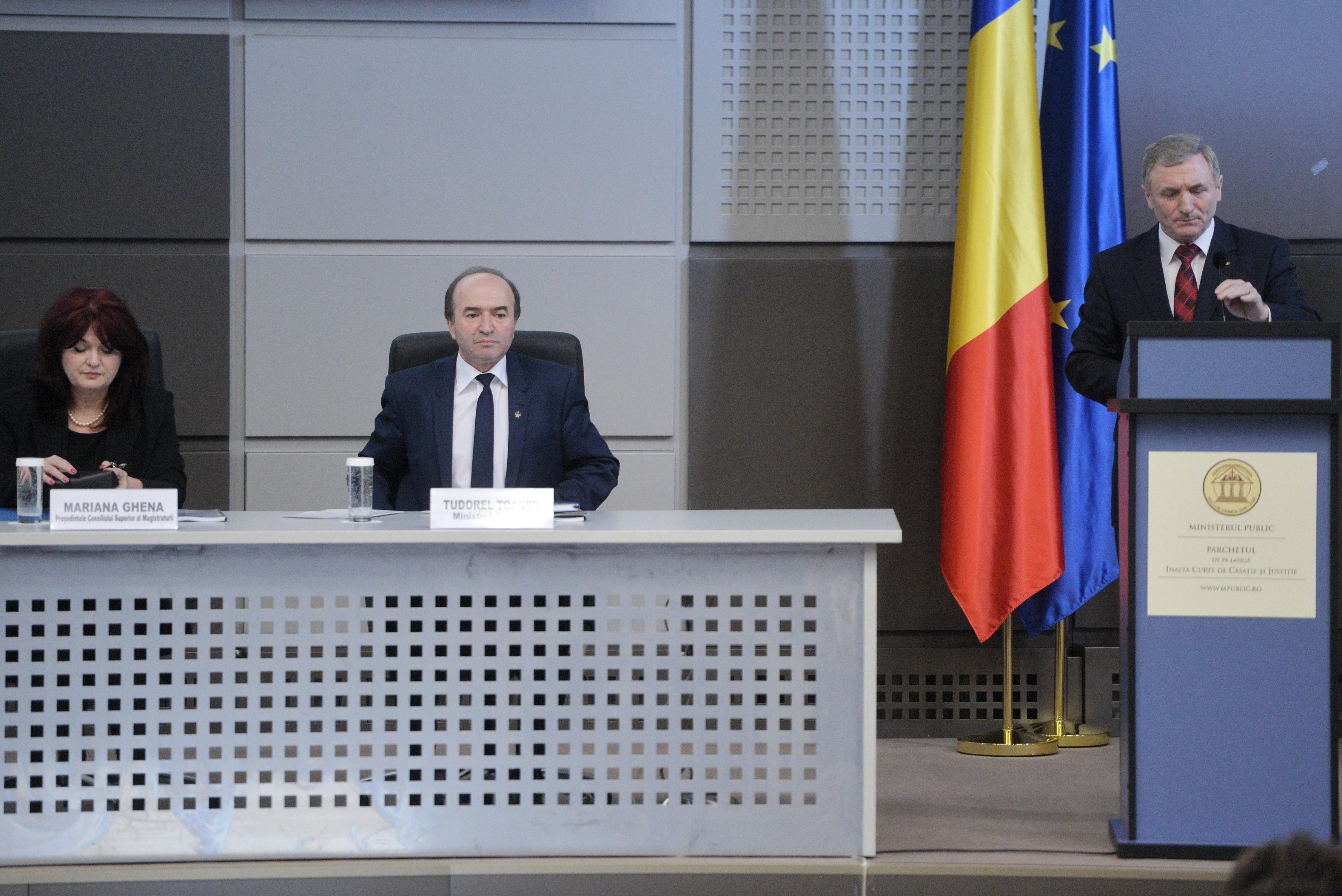 Preşedintele CSM:Singura opţiune pentru depăşirea momentului,reaşezarea activităţilor instituţionale
