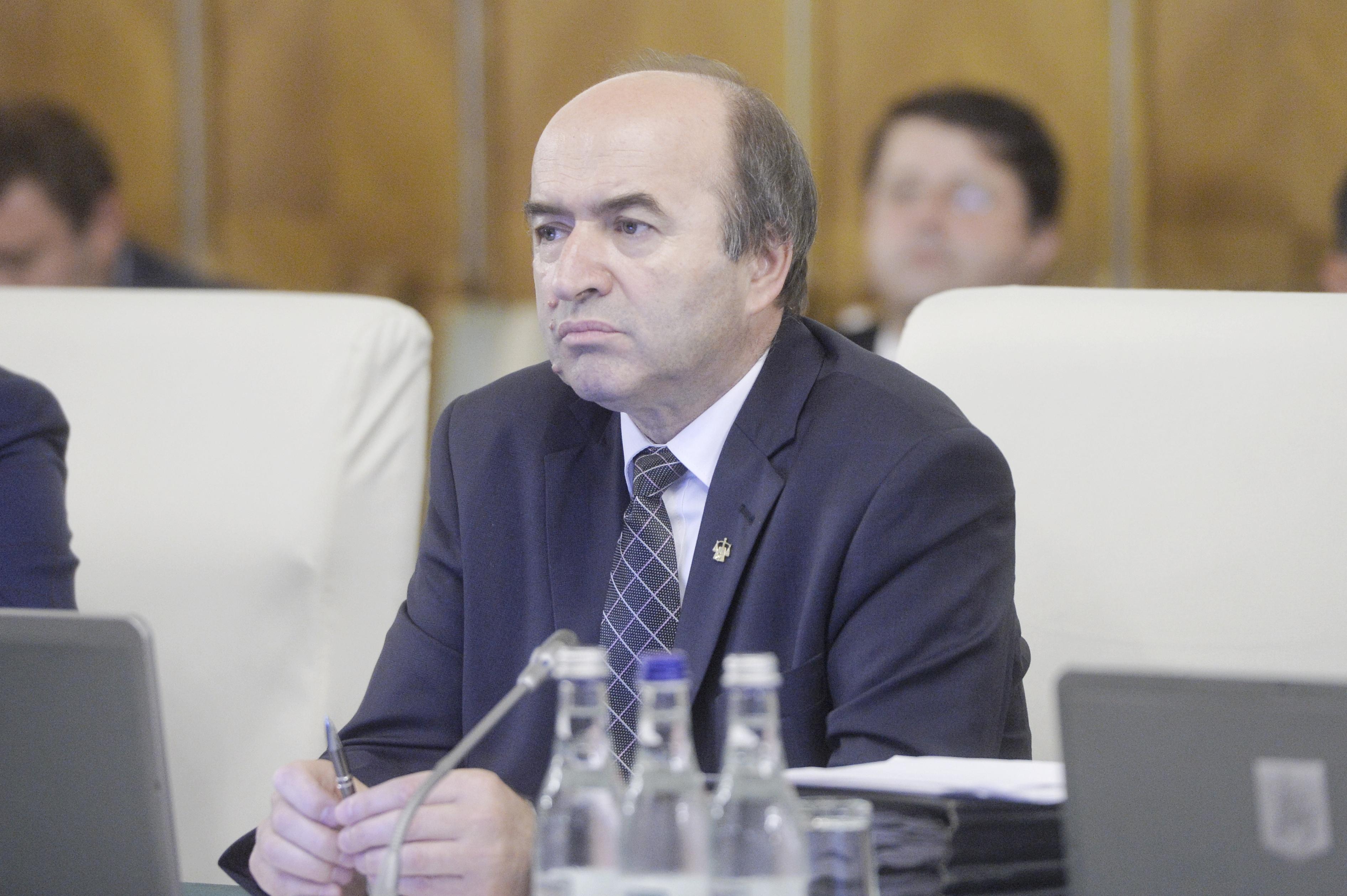 Tudorel Toader, ministrul Justiţiei, crede că prin evaluarea Inspecţiei Judiciare se vrea blocarea raportului privind DNA