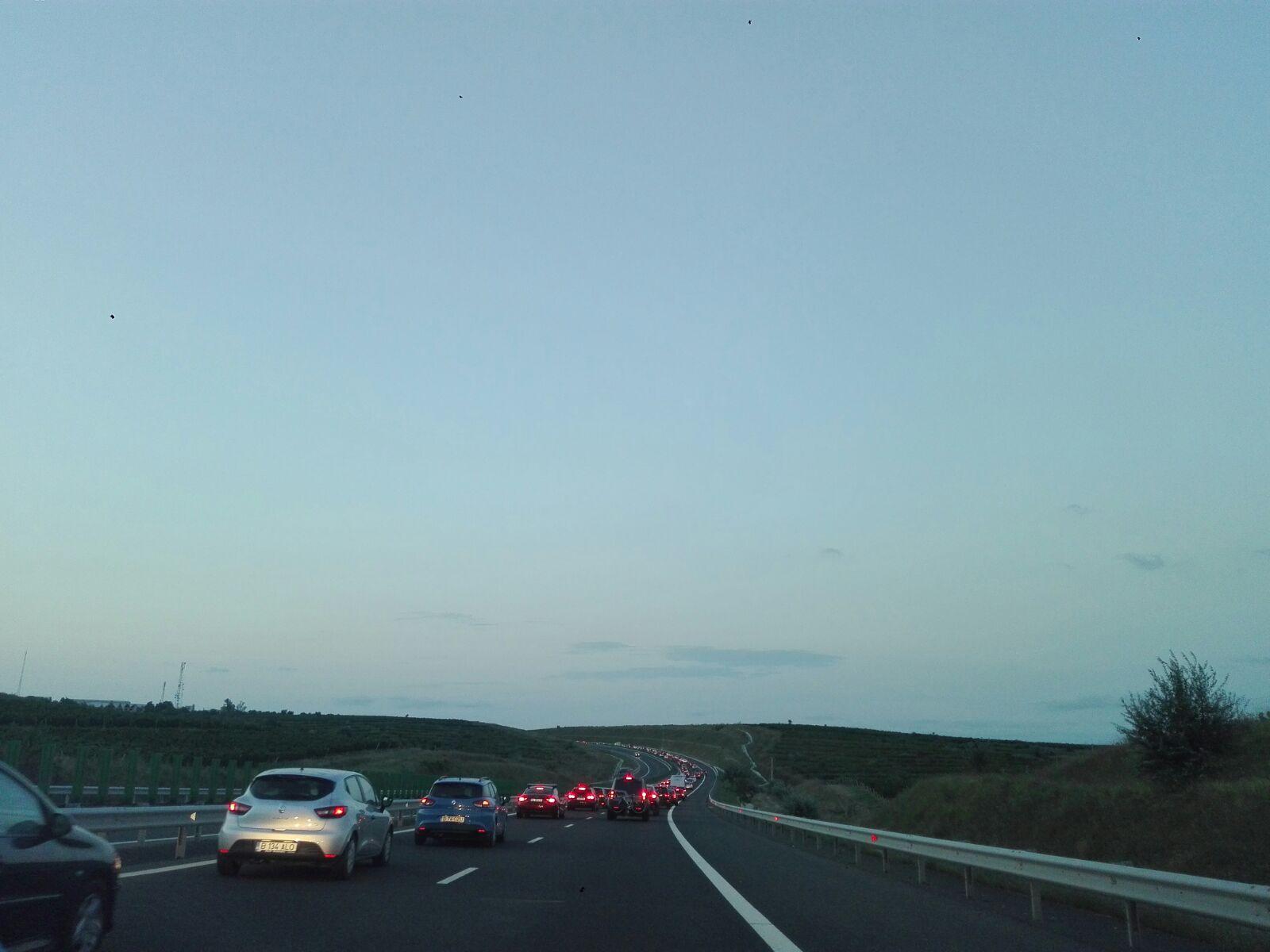 FOTO, VIDEO | Trafic îngreunat pe Autostrada Soarelui după un accident pe sensul Constanţa-Bucureşti