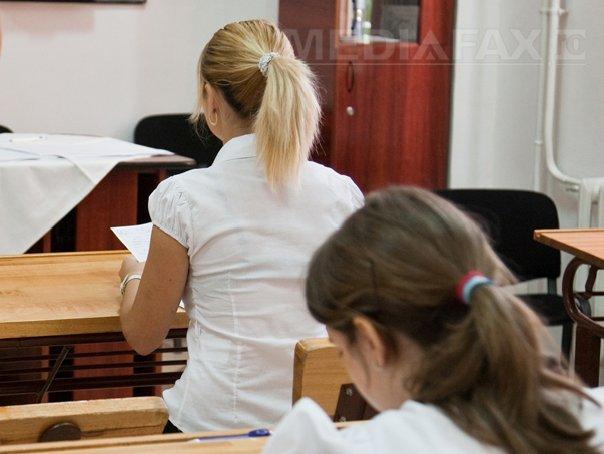 Datele la care vor avea loc examenele la şcolile postliceale. Testele la MAI se vor da în două sesiuni