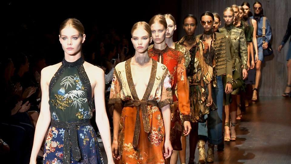 Primul brand de modă din România care va urca pe podium la Săptămânei Modei de la Milano