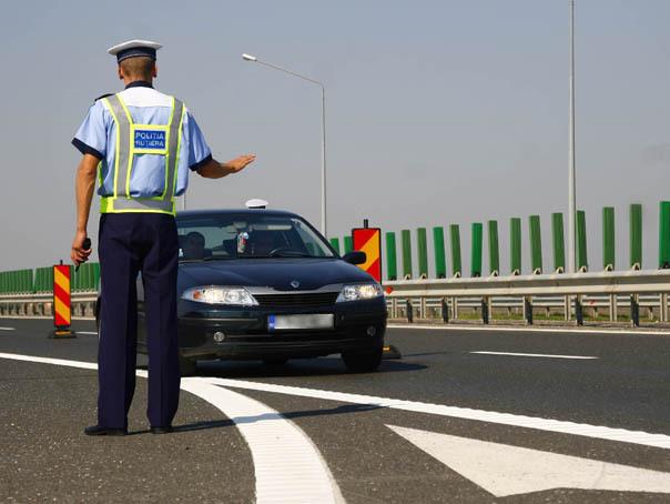 Proiect de modificare a legislaţiei RUTIERE: Neachitarea amenzii în 30 de zile duce la suspendarea dreptului de a conduce