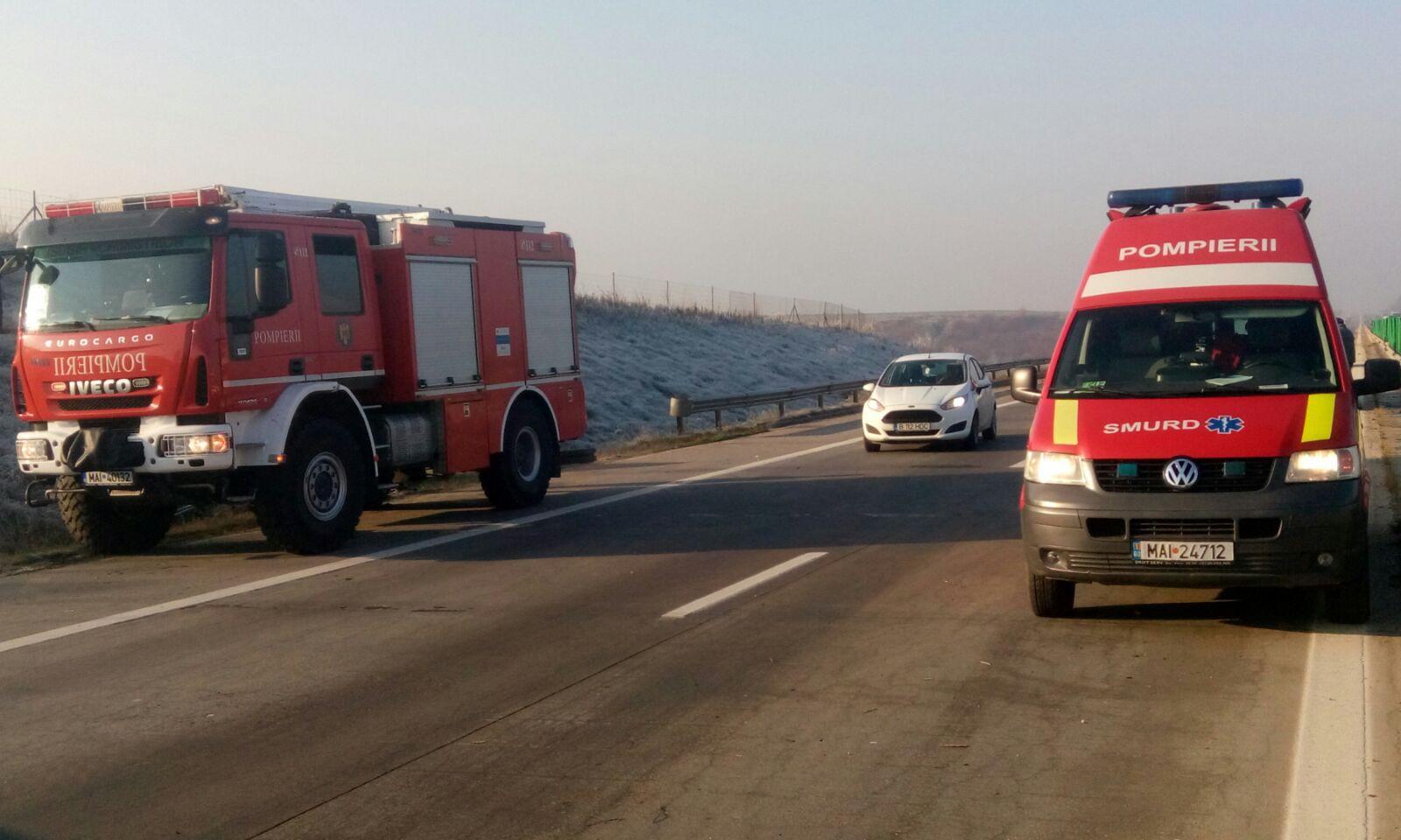 Doi cetăţeni străini au murit după ce maşina în care se aflau a intrat într-un TIR, pe centura Lugojului