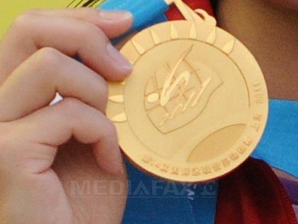 Elevii români au cucerit opt premii la Olimpiada Europeană de Informatică şi la cea Balcaniadă