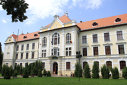 Imaginea articolului Inspectorul care a dispus înfiinţarea Liceului Teologic Romano - Catolic din Târgu Mureş, trimis în judecată
