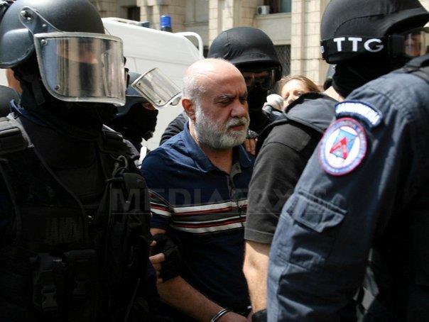 Omar Hayssam a ajuns de la închisoare la spital, acuzând dureri abdominale