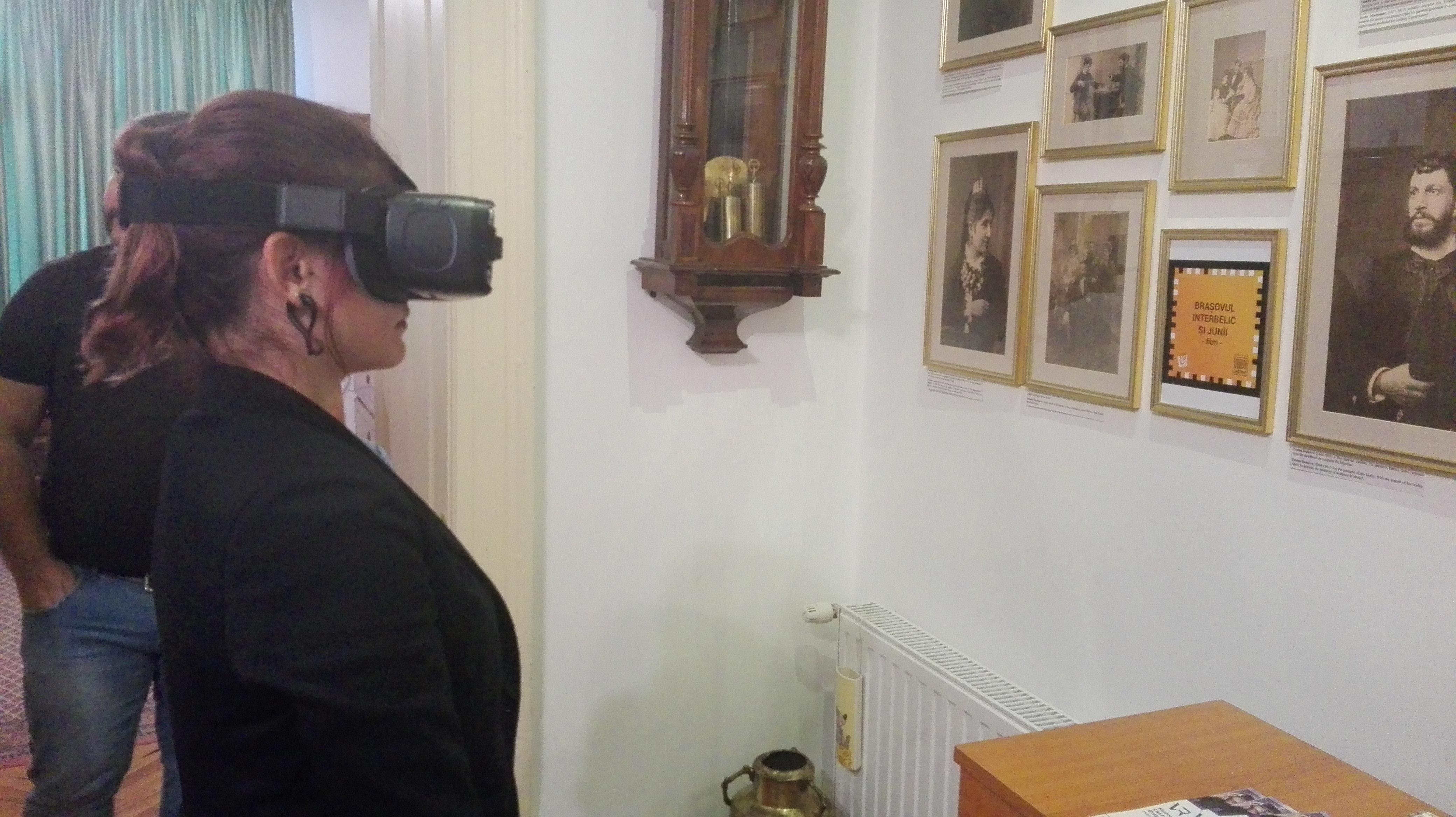 Primul ghid virtual de vizitare a unui muzeu din România, lansat la Braşov: `Este un pas în viitor` | FOTO