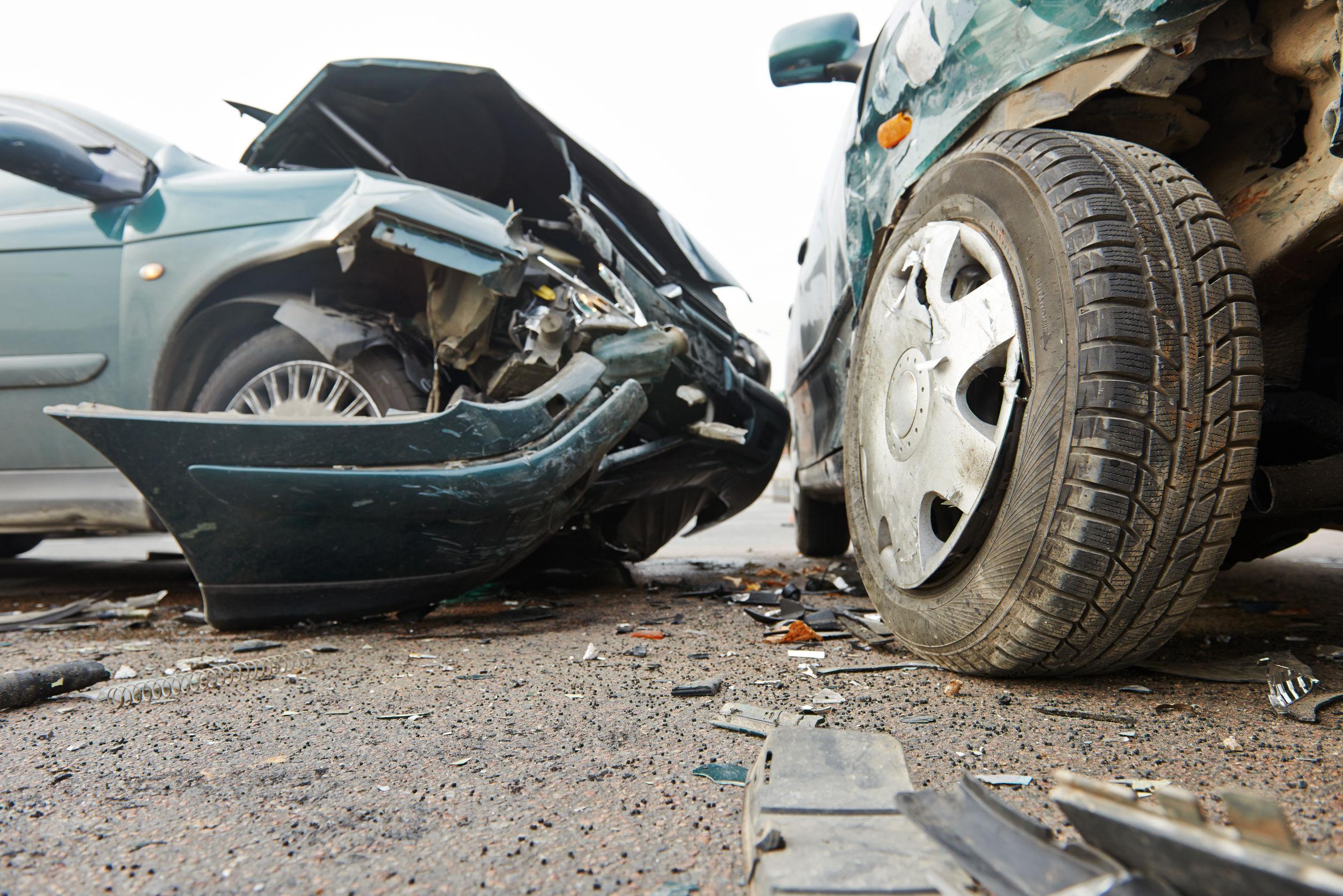 Accident la ieşirea din Capitală. Cinci maşini au fost implicate, o persoană a fost rănită uşor