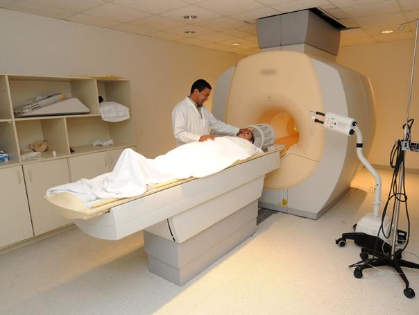 Situaţie alarmantă. Pacienţii din Olt, nevoiţi să aştepte şi 5 luni pentru a beneficia de tomograf sau RMN. Investigaţia Mediafax cu privire la listele de aşteptare din toată ţara