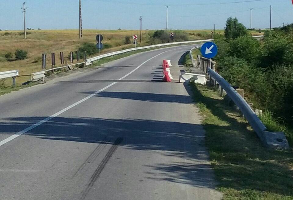Traficul rutier va fi închis în octombrie pe DN 1D, pentru refacerea trecerii la nivel cu calea ferată din Bărbuleşti